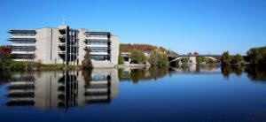 Университет Трента