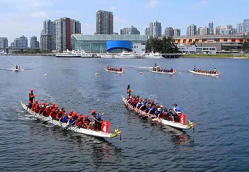 Фестиваль лодок-драконов в Ванкувере